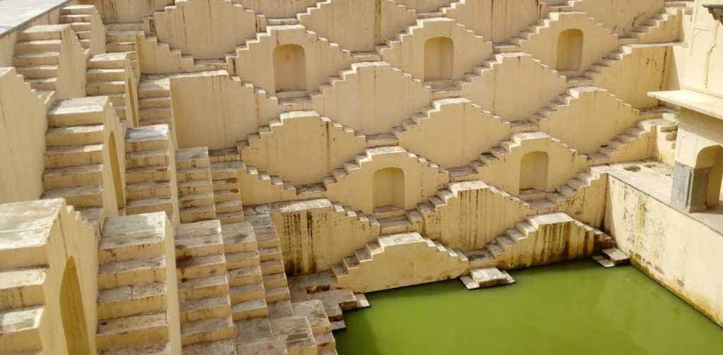 Jaipur Full Day Sightseeing With Panna Meena Step Well
